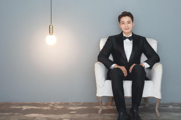조각미남 배우 김진우, 아름다운 웨딩화보 단독공개