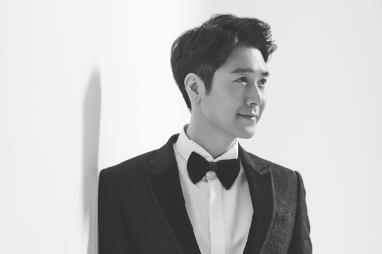 봄날의 새신랑, 배우 조현재 웨딩화보 공개
