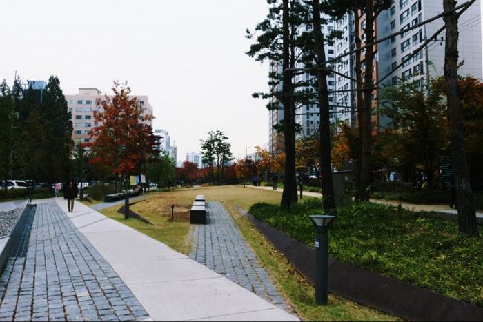 공덕역 경의선 숲길 '공트럴파크'