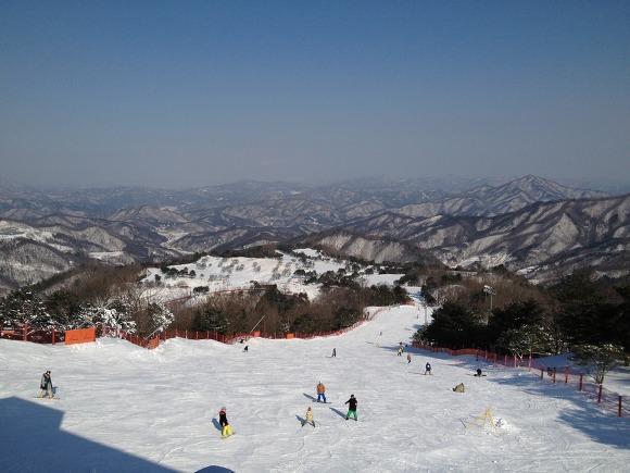 스릴 넘치는 겨울 스포츠 즐기기! 스키장 데이트♥