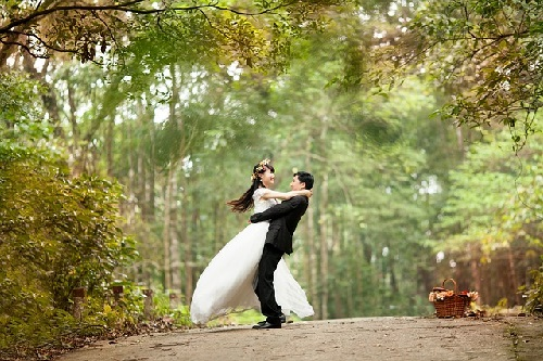 혼전임신, 결혼 결심에 영향을 미칠까?