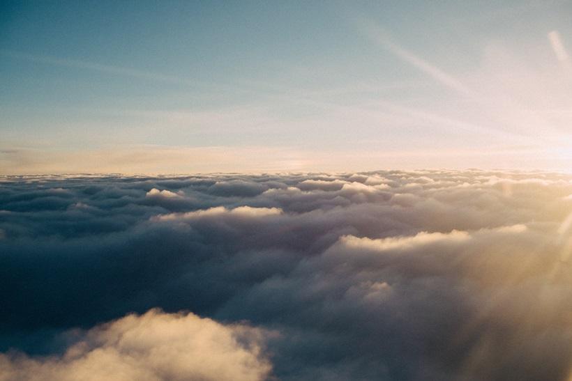 하늘에서 만난 운명
